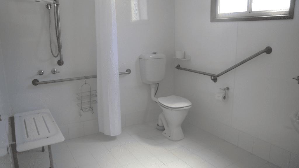 Superior-Deluxe-Disabled-Cabin-Interior-3